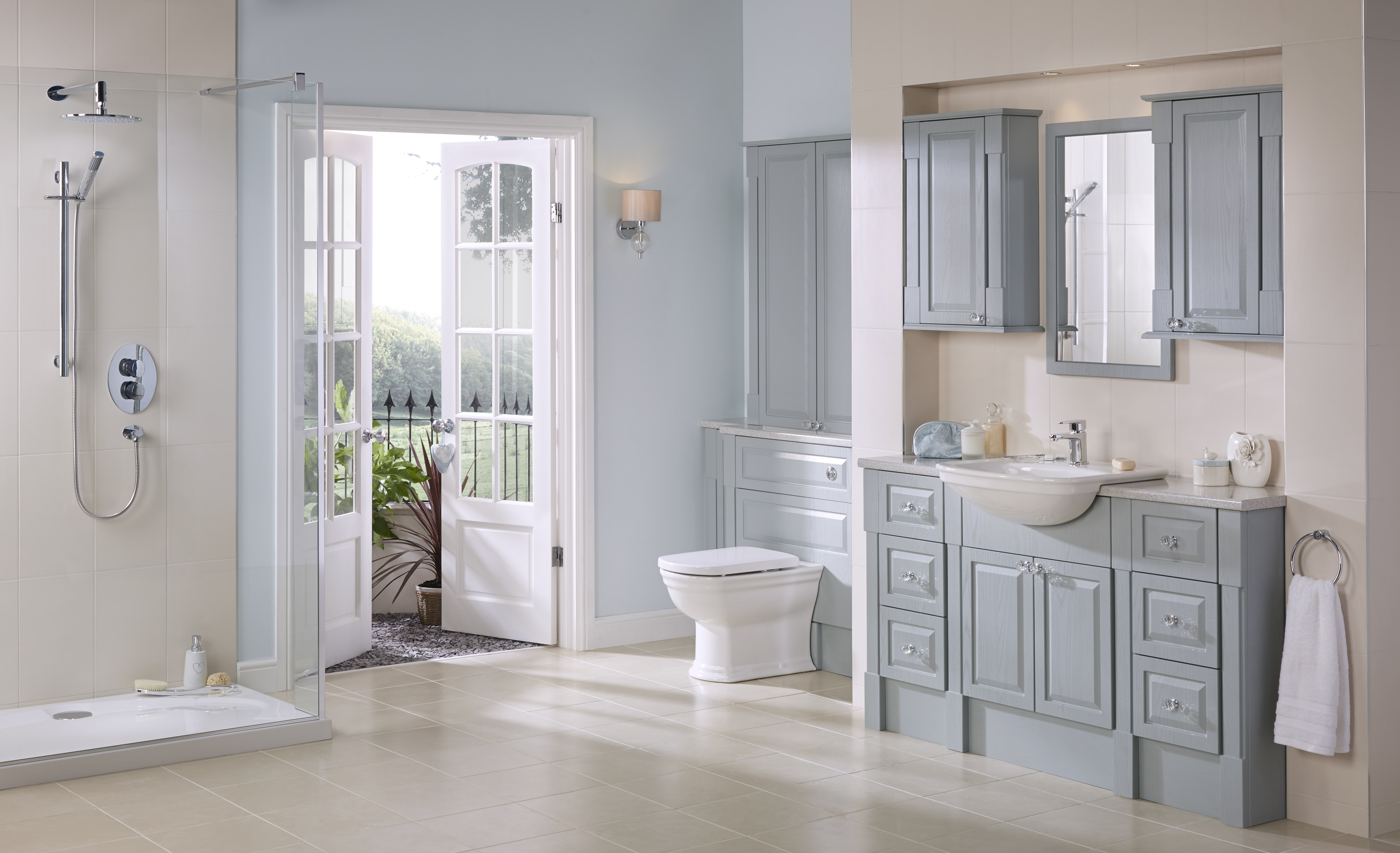 Bathroom suites in horwich for Small fitted bathrooms
